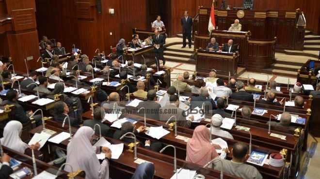 أستاذ قانون دستوري يطالب بإلغاء المادة 68 من مسودة الدستور