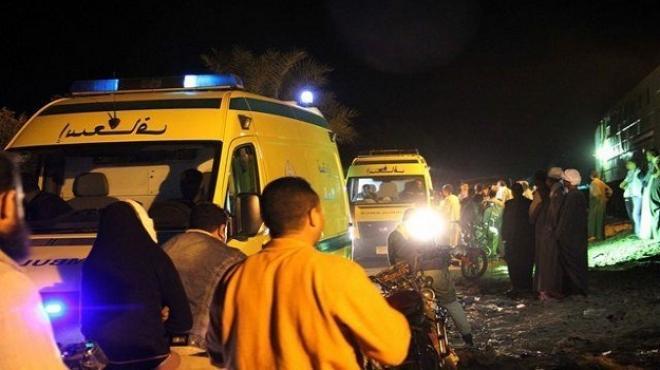 12 سيارة اسعاف لنقل ضحايا اتوبيس سفاجا