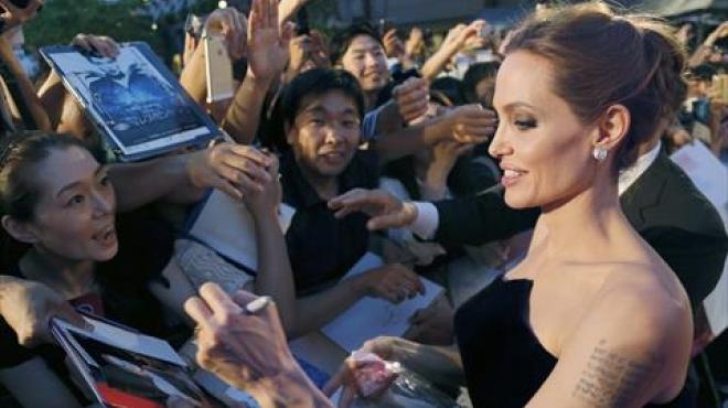 بالصور| أنجلينا جولي تصل اليابان لحضور العرض الخاص لفيلمها الجديد