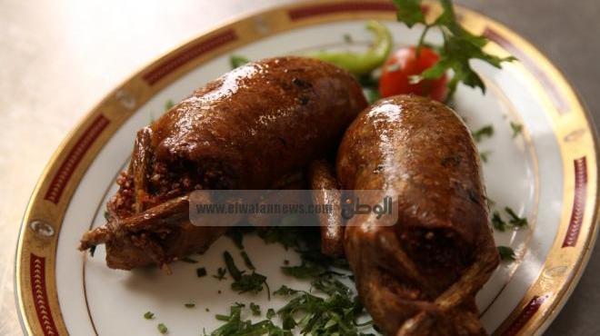 بالفيديو  مطبخ الماريوت.. الحمام المحشي على الطريقة المصرية