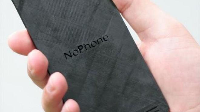 بالصور  الصين تعالج إدمان الهواتف الذكية بالـ No phone