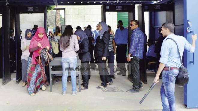 وزير التعليم العالى لـ«الوطن»: أرحب بـ«الحرس الجامعى» إذا صدر حكم قضائى