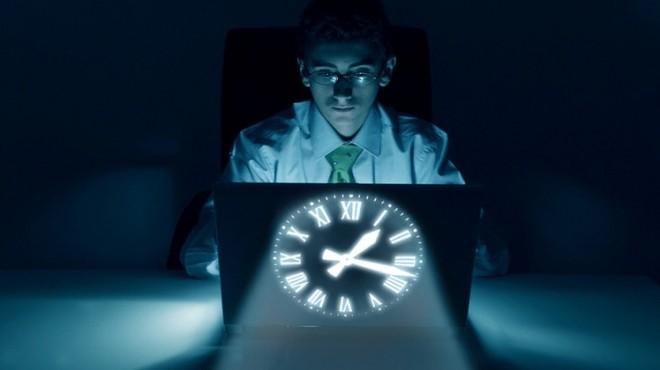 العمل ليلا يخفض مستوى الذكاء ويسبب الشيخوخة المبكرة