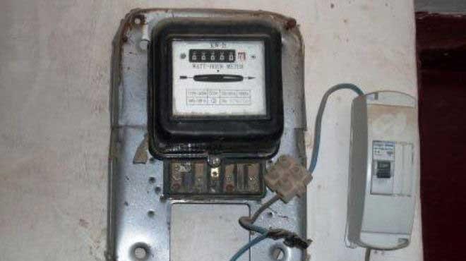 ضبط 30 حالة سرقة تيار كهربائى على شاطىء بورسعيد