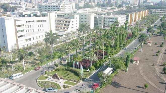 وفد ليبي يزور جامعة المنصورة لمناقشة توفير خدمات طبية للشعب الشقيق