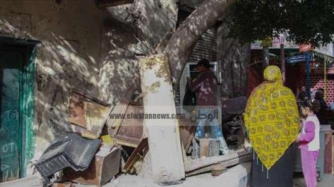 بالصور  مصرع سيدة سقط عليها جدار منزل بشارع المحطة في الجيزة
