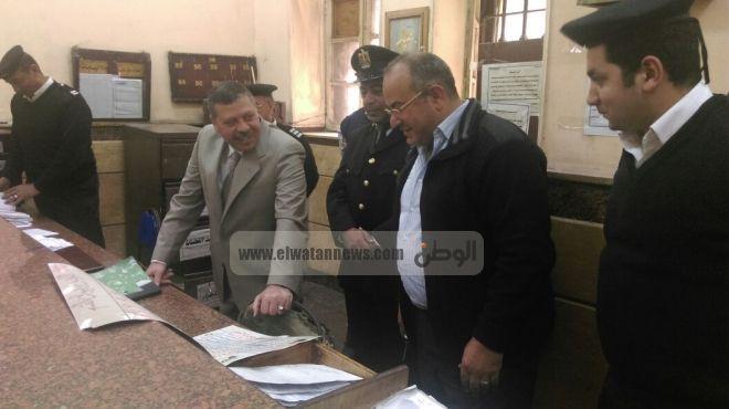 عاجل| القبض على رئيس مرور عين شمس بتهمة طلب 5 آلاف جنيه