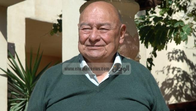فى ذكرى الأربعين.. الولد الشقى: بيت «أحمد رمزى» مغلق بـ«الشمع الأحمر»