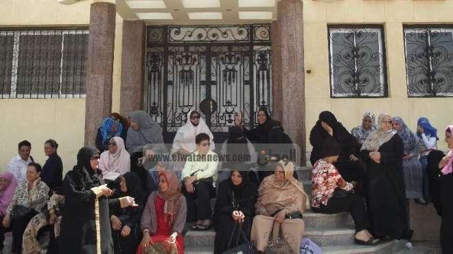 استمرار إضراب موظفي مجلس مدينة رأس غارب لليوم الـ5 على التوالي