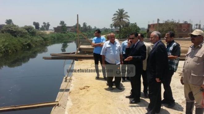 محافظ الشرقية يقيل رئيس قطاع مياه الشرب في كفر صقر