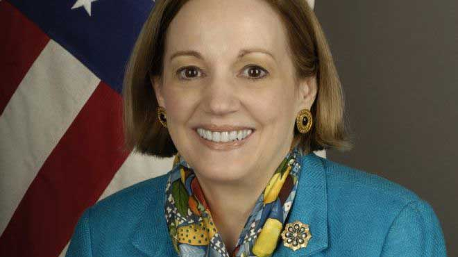 السفيرة الأمريكية تلتقى أعضاء