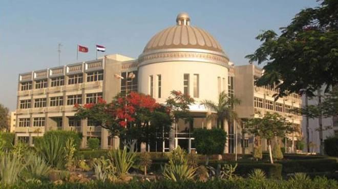 إسناد تسيير أعمال نائب رئيس جامعة الفيوم إلى عميدة