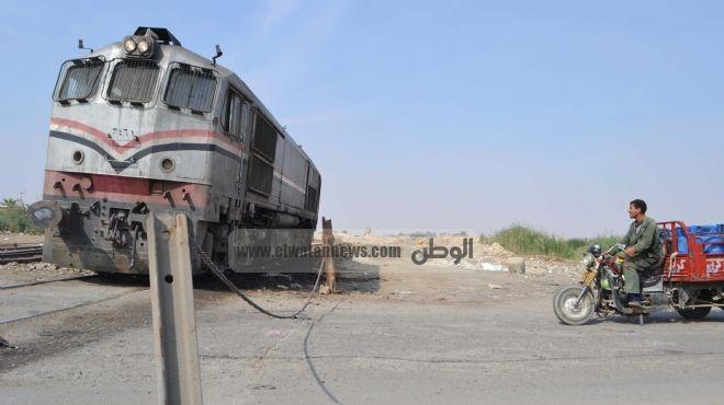 مدير المنطقة الوسطى للسكة الحديد: جار تطوير 52 مزلقاناً في المنيا