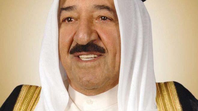 الصباح يقلد السيسي أعلى وسام مدني في الكويت