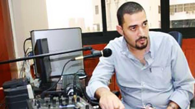الكاتب الساخر إبراهيم الجارحي يقدم برنامجًا جديدًا على