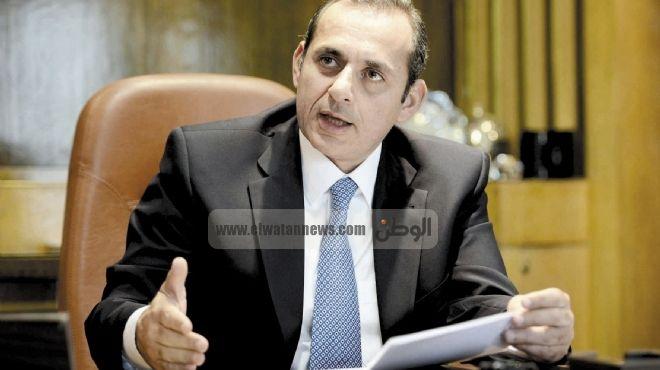 نائب رئيس مجلس إدارة البنك الأهلى المصرى: مصر لن تفلس.. وقرض «صندوق النقد» مخرجنا الوحيد من عنق الزجاجة