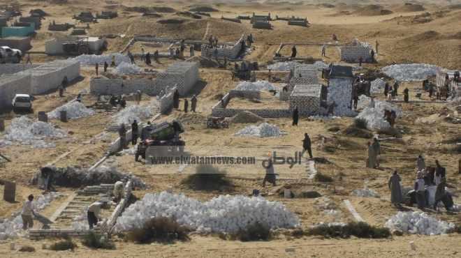 أهالى «دهشور» يستغلون غياب الأمن ويعتدون على المناطق الأثرية من جديد