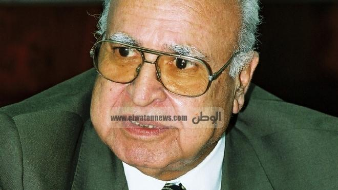 إبراهيم درويش يشبه جمعية الإخوان بـ