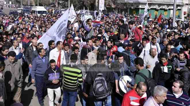 عاجل  متظاهرو شبرا ينصبون أول خيمة للاعتصام بعد اقتحام مؤيدي
