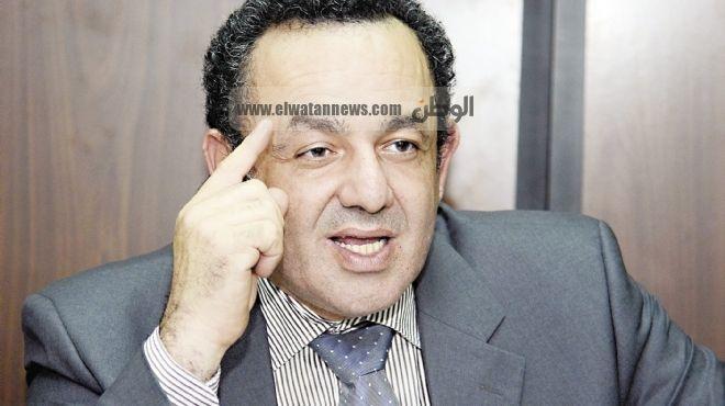 عمرو الشوبكى: «الجماعة» أهدرت «دولة القانون».. و«الفشل السياسى» فى إدارة الأزمة وراء ما يجرى فى بورسعيد