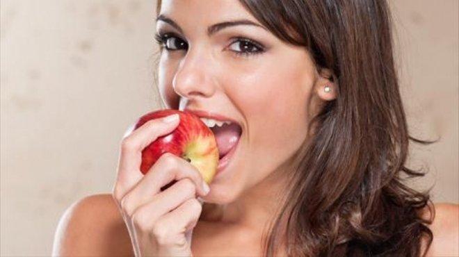 تفاحة واحدة يوميا تساهم في التخلص من الأرق