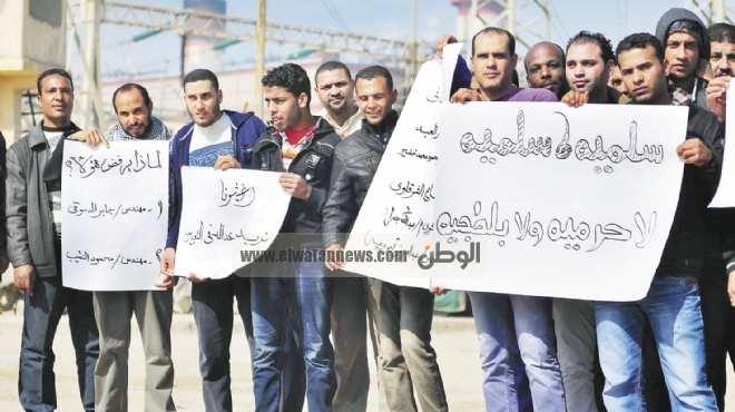 الإضرابات والاعتصامات تتواصل فى المحافظات المصرية