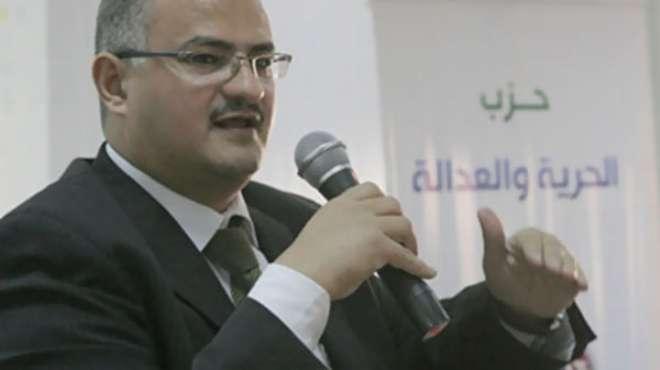 صحفي إخواني يطالب بتحويل 6 أعضاء بمجلس نقابة الصحفيين إلى لجنة تأديب