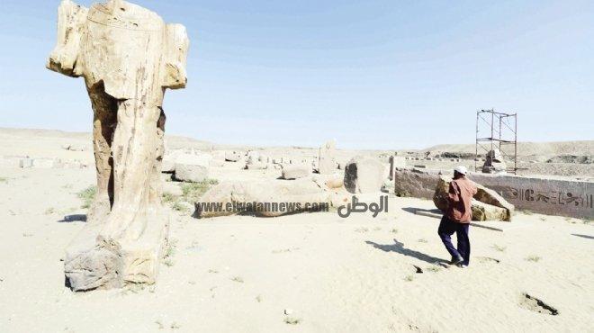 «صان الحجر».. آثار ملقاة على الرمال تنتظر من ينتشل