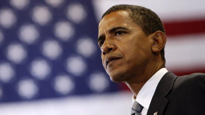 أوباما يصل إلى شيكاجو وينتظر نتيجة انتخابات الرئاسة