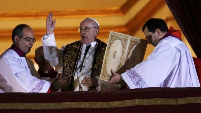 البابا فرنسيس: أولوياتي مكافحة الفقر وتكثيف الحوار مع الإسلام