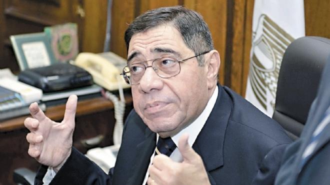 «عبدالمجيد محمود»: «مرسى مبيفهمش فى القانون».. وأسأله: «أين تحقيقات بورسعيد والاتحادية؟»