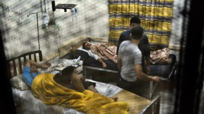 والد أحد الأطفال المصابين ببني سويف يروي تفاصيل تسمم نجله من محلول طبي