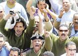 أمناء وأفراد يغلقون مركز شرطة تلا اعتراضا على تعدي ضابط على زميلهم