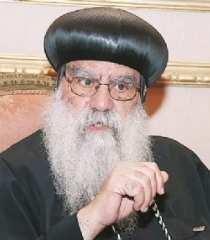 والد الطالبة المسيحية المختفية بمطروح: الأنبا باخوميوس يتابع عملية البحث