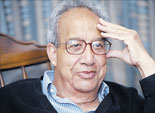 عماد الدين أديب يحاور جلال أمين في برنامج