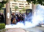 حصيلة اليوم لعنف إخوان الأزهر: الطلاب يلقون عميد «لغات وترجمة» من السلم.. والطالبات يغلقن كليتين بالجنازير