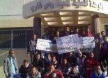 350 عامل يطالبوا رؤوساء شركات البترول بتطبيق الاحد الادنى والاقصى للاجور