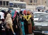 طالبات إخوان الأزهر يقطعن شارع يوسف عباس