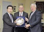 رئيس قطاع السيارات بـ«الفطيم» فى زيارة لـ«تويوتا إيجيبت»