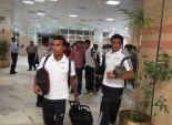 بالصور| بعثة المنتخب الأول تصل مطار أسوان