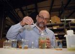 بالصور| شركة أمريكية تطرح عطرا جديدا برائحة