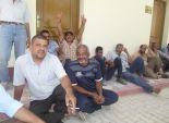 اعتصام 900 عامل بمرفق الصرف الصحي بالسويس للمطالبة بعودة تبعيتهم لوزارة الإسكان