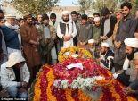 بالصور| باكستان تشيع ضحايا