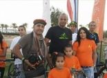 دعما للسياحة الخضراء.. مواطن يستبدل سيارته بدراجة هوائية في شرم الشيخ