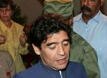 مارادونا ينفي شائعة وفاة الزعيم الكوبي فيديل كاسترو