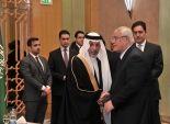السفارة السعودية بالقاهرة تواصل استقبال المعزين والمبايعين
