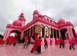 بالصور| مسلمو الفلبين يستقبلون رمضان باللون الوردي في مسجد