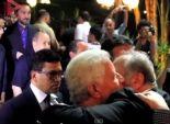 بالفيديو  عناق بين مرتضى منصور وعضو مجلس الأهلي في عزاء سامي العدل