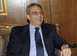 30 دقيقة شد وجذب بين انصار عمرو موسى وشباب الثورة فى جامعة اسيوط
