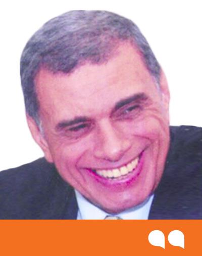 محمود توفيق
